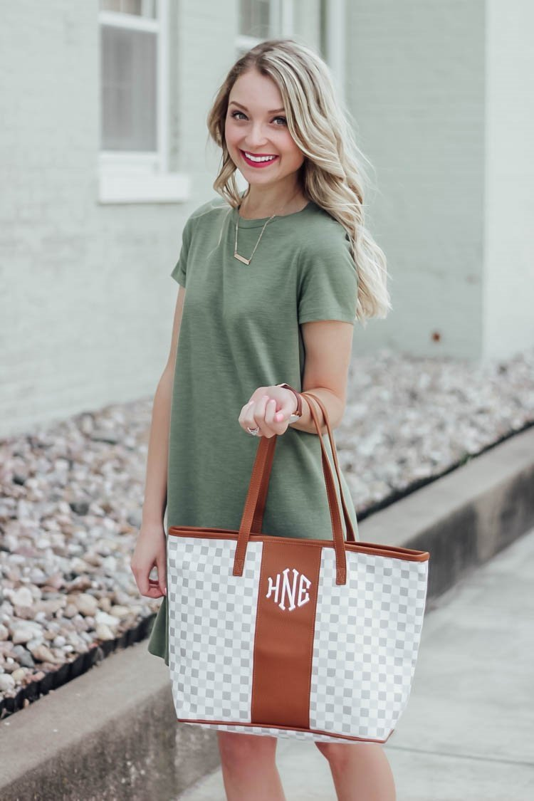 I Have Honestly Been Wanting This Monogrammed Tote Bag From Marley Lilly For A While And Am So Hy With It Ve Looking Larger But Not